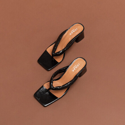 Square-toed mules with strap in black leather