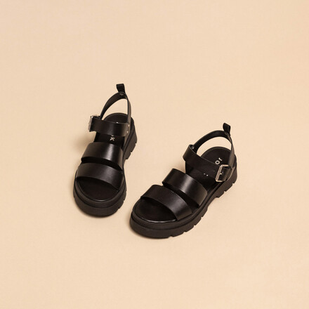 Platform sandals with buckles in black leather
