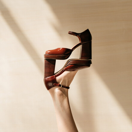 Platform mary janes with ankle strap in aged brown leather