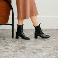 Heeled boots with gathers noir