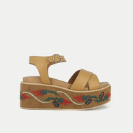 Embroidered wedge sandals beige