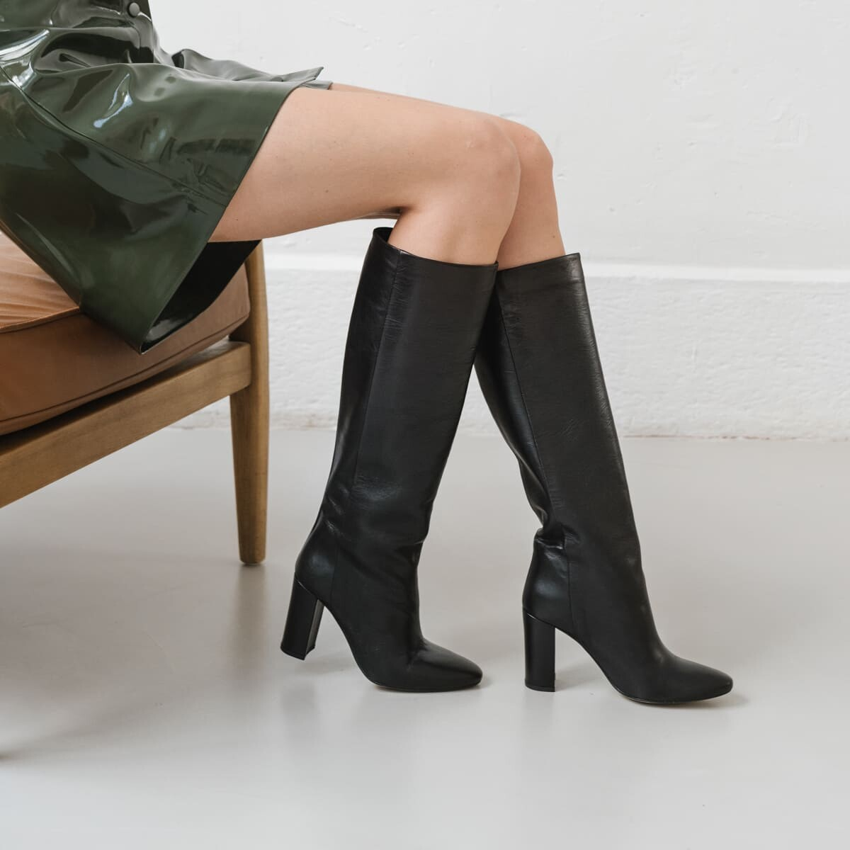 High boots with square heel in black leather - Jonak noir